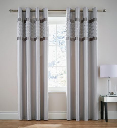 Catherine Lansfield Sequin Cluster Silver  Eyelet Curtains
